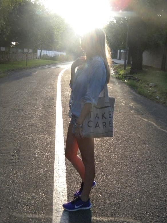 denim with bag